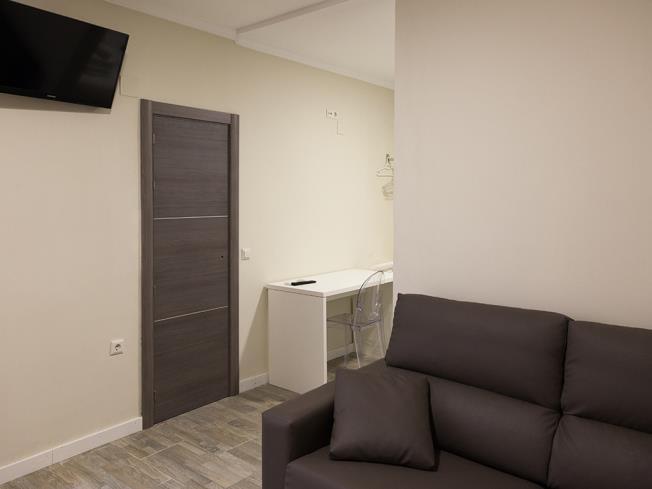salon_6-apartamentos-valentina-deluxe-3000granada-andalucia.jpg
