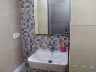 bano_1-apartamentos-valentina-deluxe-3000granada-andalucia.jpg