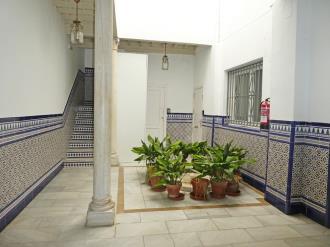 recepcion_4-apartamentos-valentina-deluxe-3000granada-andalucia.jpg