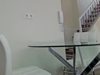 salon_11-apartamentos-valentina-deluxe-3000granada-andalucia.jpg