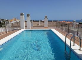piscina_3-apartamentos-alcoceber-centro-3000alcoceber-costa-azahar.jpg