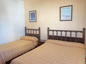 dormitorio-2-apartamento-papa-luna-segunda-linea-3000peniscola-costa-azahar.jpg