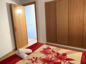 dormitorio-5-apartamentos-pantebre-3000pas-de-la-casa-estacion-grandvalira.jpg