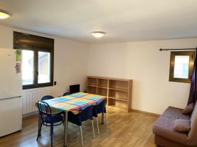 salon-comedor_5-apartamentos-pantebre-3000pas-de-la-casa-estacion-grandvalira.jpg