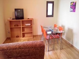salon_3-apartamentos-pantebre-3000pas-de-la-casa-estacion-grandvalira.jpg