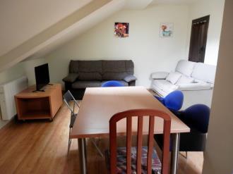 salon_7-apartamentos-pantebre-3000pas-de-la-casa-estacion-grandvalira.jpg