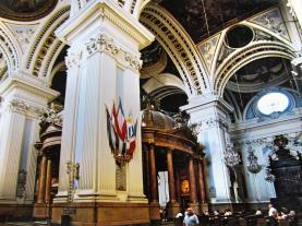Interior Basílica del Pilar Zaragoza Zaragoza España