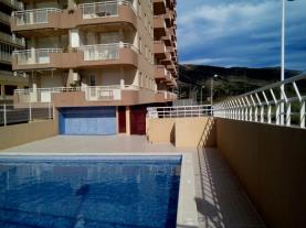 piscina_2-apartamentos-galicia-3000oropesa-del-mar-costa-azahar.jpg