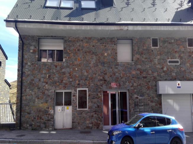Fachada Verano Apartamentos Araco 3000 Pas de la Casa