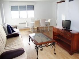 salon-comedor_6-apartamentos-araco-3000pas-de-la-casa-estacion-grandvalira.jpg
