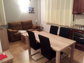 salon-comedor_7-apartamentos-araco-3000pas-de-la-casa-estacion-grandvalira.jpg