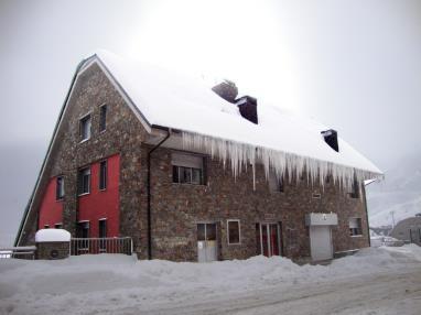 Fachada Invierno Andorra Estación Grandvalira Pas de la Casa Apartamentos Araco 3000