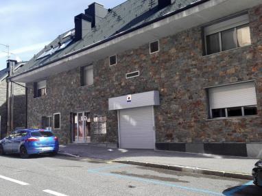 Fachada Verano Andorra Estación Grandvalira Pas de la Casa Apartamentos Araco 3000