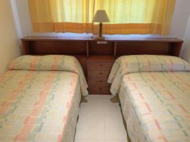 dormitorio-5-apartamentos-las-vegas-3000peniscola-costa-azahar.jpg