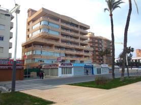 fachada-verano-2-apartamentos-las-vegas-3000peniscola-costa-azahar.jpg