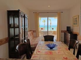 salon-comedor-4-apartamentos-las-vegas-3000peniscola-costa-azahar.jpg
