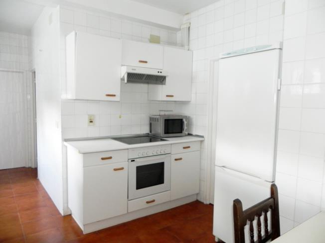 cocina_3-complejo-bubal-formigal-3000biescas-pirineo-aragones.jpg