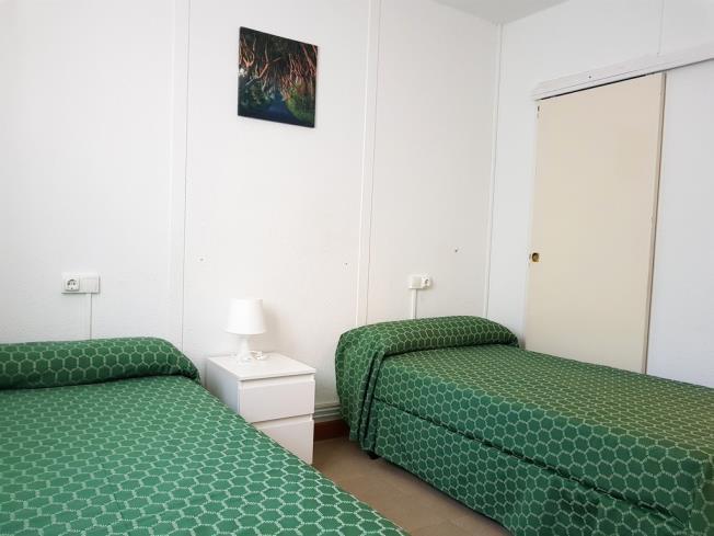 dormitorio-complejo-bubal-formigal-3000-biescas-pirineo-aragones.jpg