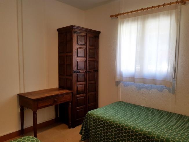 dormitorio_4-complejo-bubal-formigal-3000biescas-pirineo-aragones.jpg