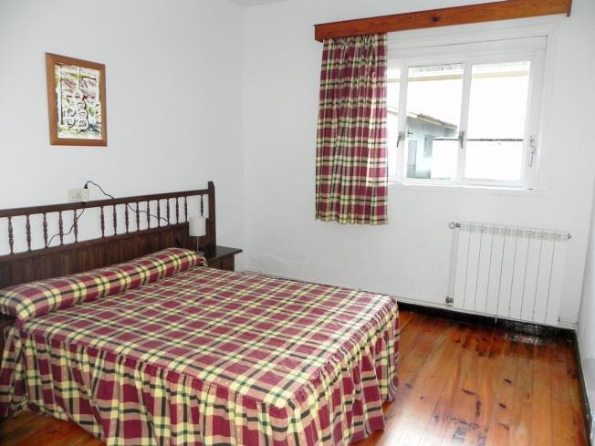 dormitorio_7-complejo-bubal-formigal-3000biescas-pirineo-aragones.jpg