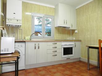 cocina_5-complejo-bubal-formigal-3000biescas-pirineo-aragones.jpg