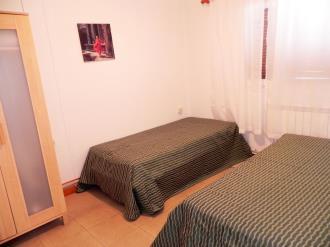 dormitorio_8-complejo-bubal-formigal-3000biescas-pirineo-aragones.jpg