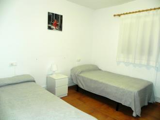 dormitorio_9-complejo-bubal-formigal-3000biescas-pirineo-aragones.jpg