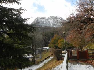 fachada-invierno_5-complejo-bubal-formigal-3000biescas-pirineo-aragones.jpg