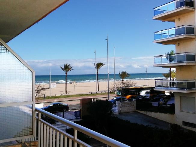 Terraza Apartamentos Gandía Primera Línea de Playa 3000 Gandia
