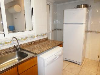 cocina_4-apartamentos-gandia-primera-linea-de-playa-3000gandia-costa-de-valencia.jpg