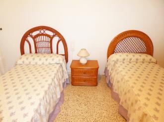 dormitorio_10-apartamentos-gandia-primera-linea-de-playa-3000gandia-costa-de-valencia.jpg