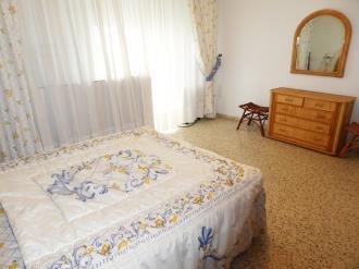 dormitorio_8-apartamentos-gandia-primera-linea-de-playa-3000gandia-costa-de-valencia.jpg