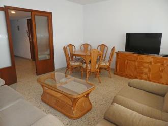 salon-comedor_6-apartamentos-gandia-primera-linea-de-playa-3000gandia-costa-de-valencia.jpg