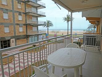 terraza_2-apartamentos-gandia-primera-linea-de-playa-3000gandia-costa-de-valencia.jpg