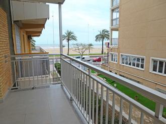 terraza_6-apartamentos-gandia-primera-linea-de-playa-3000gandia-costa-de-valencia.jpg