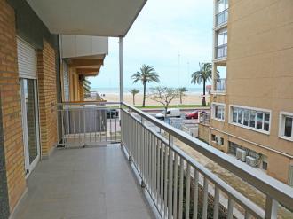 terraza_8-apartamentos-gandia-primera-linea-de-playa-3000gandia-costa-de-valencia.jpg