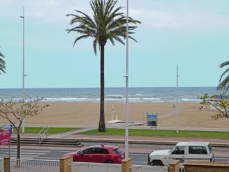 vistas_1-apartamentos-gandia-primera-linea-de-playa-3000gandia-costa-de-valencia.jpg