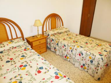 Dormitorio España Costa de Valencia Gandia Apartamentos Gandía Primera Línea de Playa 3000