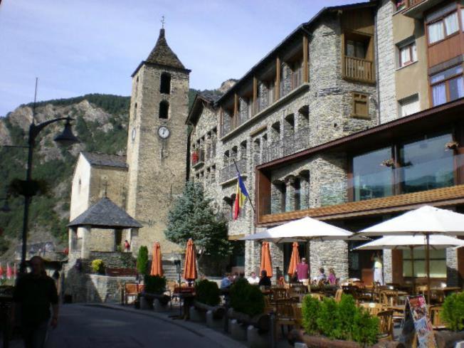Ordino Centro Andorra Estación Vallnord ARANS