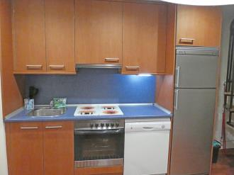 cocina_5-apartamentos-villanua-3000villanua-pirineo-aragones.jpg