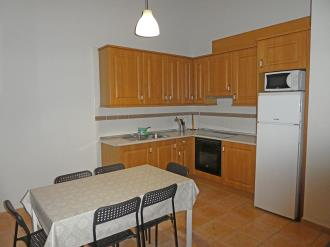 cocina_8-apartamentos-villanua-3000villanua-pirineo-aragones.jpg