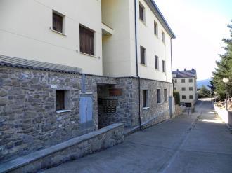 fachada-verano_1-apartamentos-villanua-3000villanua-pirineo-aragones.jpg