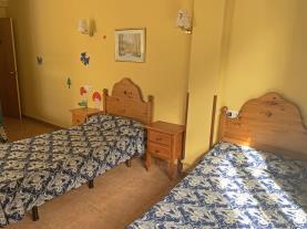 dormitorio-17-hotel-antic-3000arans-estacion-vallnord.jpg