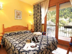 dormitorio-hotel-antic-3000-arans-estacion-vallnord.jpg