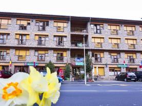 fachada-verano_1-hotel-antic-3000arans-estacion-vallnord.jpg
