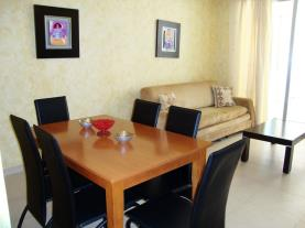 salon-comedor-apartamentos-mondrian-marina-dor-3000-oropesa-del-mar-costa-azahar.jpg