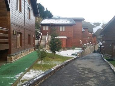 Fachada Invierno Andorra Estación Grandvalira Soldeu Apartamentos La pleta Incles  Suites 3000