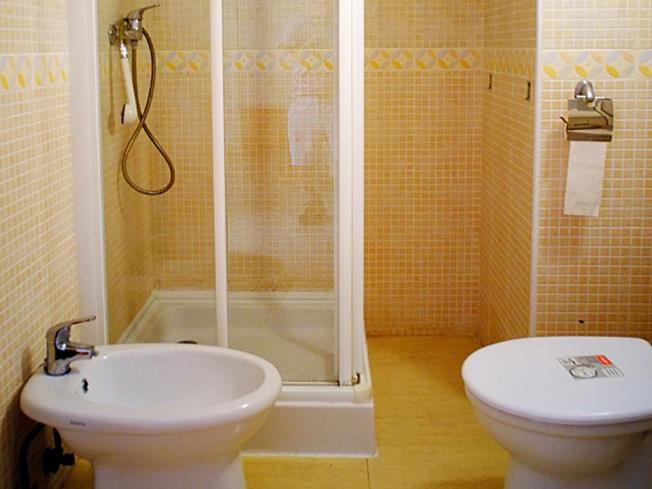 bano_1-apartamentos-marcomar-3000alcoceber-costa-azahar.jpg