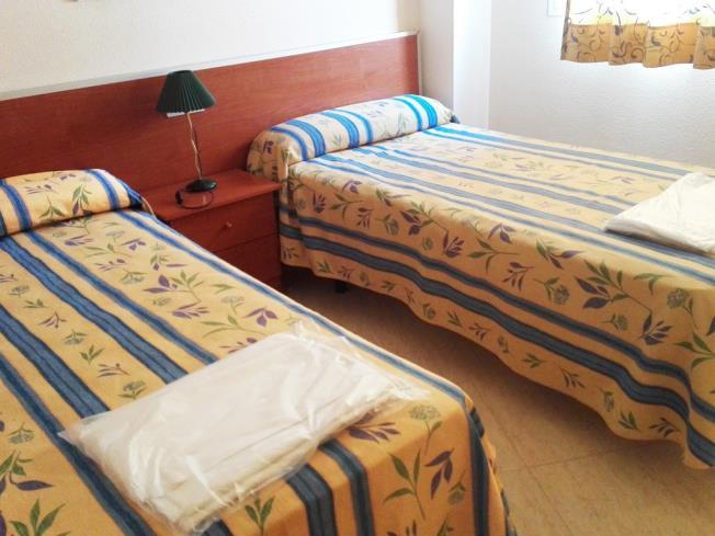 dormitorio_7-apartamentos-marcomar-3000alcoceber-costa-azahar.jpg