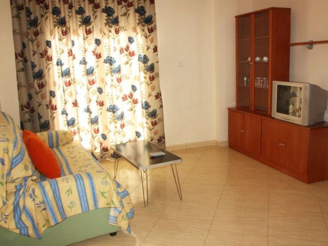salon-comedor-apartamentos-marcomar-3000-alcoceber-costa-azahar.jpg